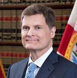 Justice Carlos Muniz
